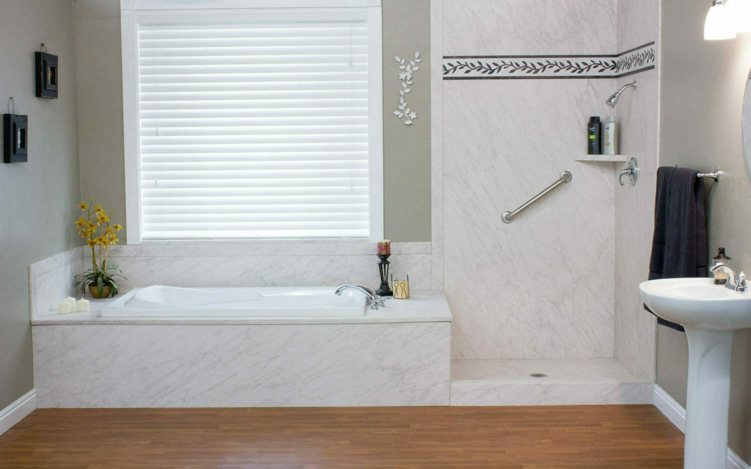 Pros And Cons Of Converting Your Claw Foot Tub Into A Shower