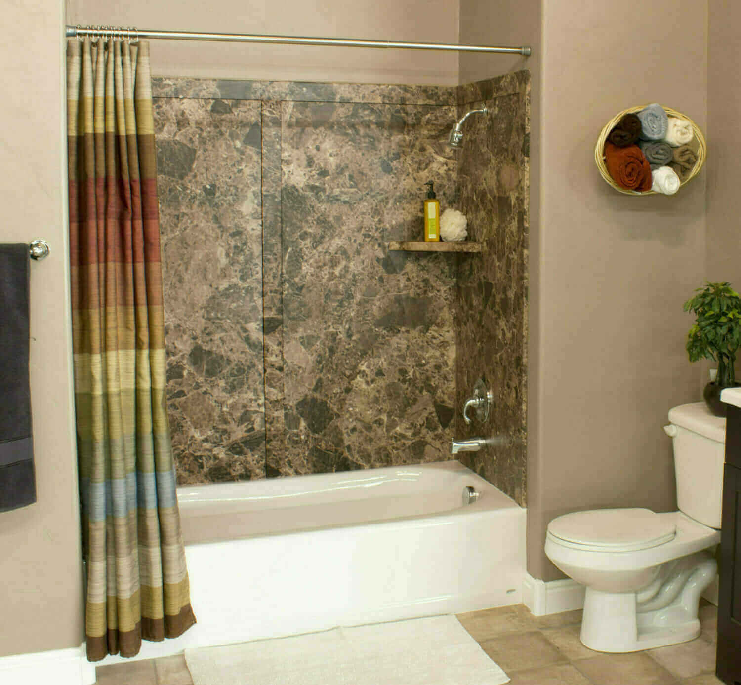 Marietta bathroom remodelers five star bath solutions of for Bath remodel one day
