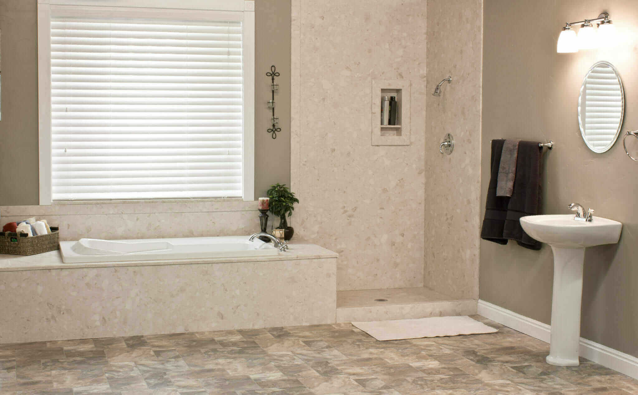 Macomb bathroom remodelers five star bath solutions of for Bathroom remodel 1 day